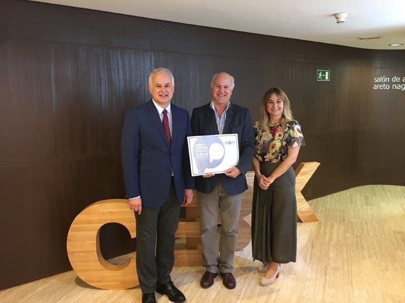 Mikrobiomik recibe el premio Cebek Emprende